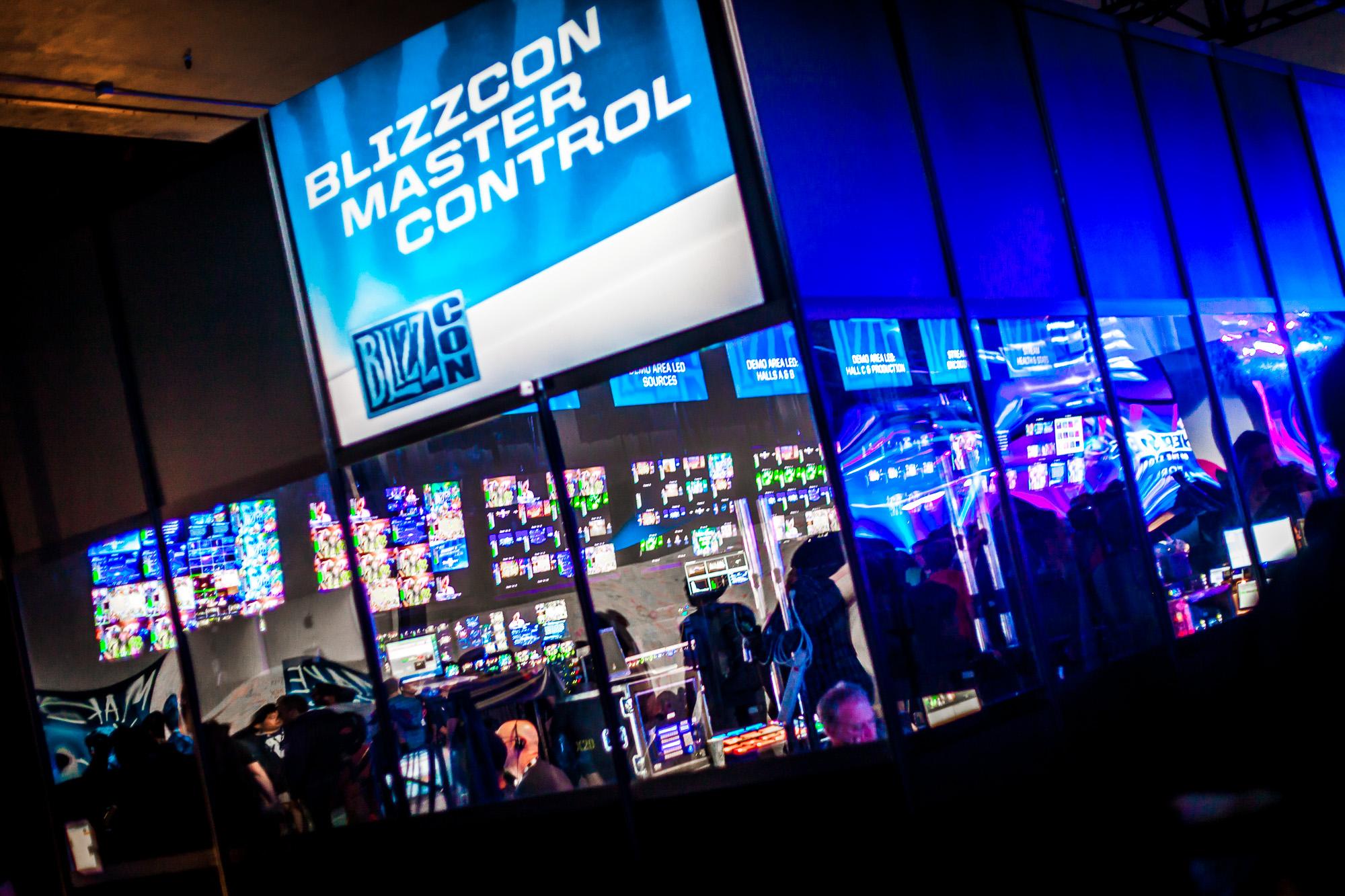 blizzcon2015-newegg-show-34